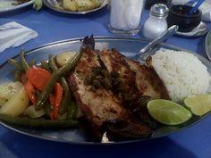 Um atendimento incompetente estragou a experiência como um todo, a comida estava básica porém saborosa, mas o peixe deixou a desejar um pouco, infelizmente se o atendimento é infeliz como foi aqui, nem a melhor comida do mundo pode melhorar a experiência...  #restaurante #comida #almoco #peixe #truta #legumes #alcaparra #arroz #soutee #RestauranteNavegantes #Navegantes #XinGourmet #food #batata #cenoura #vagem  Truta grelhada - R$27 em Restaurante Navegantes