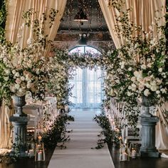 Romantic Wedding Colors, Romantic Wedding Receptions, Wedding Spot, Wedding Night, Romantic Weddings, Perfect Wedding, Dream Wedding, Indoor Wedding Venues, Gatsby Wedding