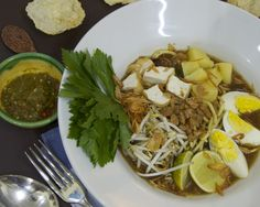 Yummy Asian Food, Indonesian Cuisine, Indonesian Recipes, Asian Recipes, Ethnic Recipes, Pasta Noodles, Medan, Chicken Recipes, Good Food