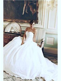 White Ball Sweetheart Taffeta 2013 Wedding Dresses