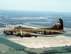 Boeing B-17 Flying Fortress Picture