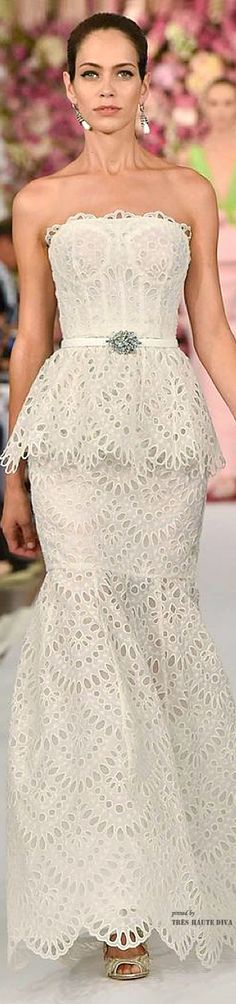 #NYFW Oscar de la Renta Spring 2015 RTW This looks more like lingerie than a gown.  Love the fabric and cut but the bones just make it look like a corset