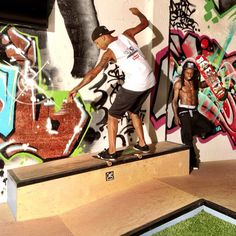 On Set Of Lil Wayne's TRUKFIT Photo Shoot At Two Skateparks [Pictures]- http://getmybuzzup.com/wp-content/uploads/2013/10/199411-thumb.jpg- http://getmybuzzup.com/on-set-of-lil-waynes-trukfit-photo-shoot-at-two-skateparks-pictures-2/-  On Set Of Lil Wayne's TRUKFIT Photo Shoot By Danny M Lil Wayne recently took part in a holiday photo shoot for his TRUKFIT clothing line, which was being photographed by Atiba Jefferson. The shoot took place at Tunechi's indoor skatepark