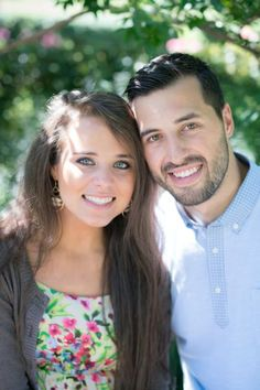 Jeremy and Jinger's Engagement Photo Album - The Duggar Family Duggar Girls, Jinger Duggar, Duggar Sisters, Celebrity Babies, Celebrity Couples, Celebrity Style, Jeremy Vuolo, Dugger Family, 19 Kids And Counting