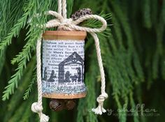 If you like a rustic holiday design then this spool ornament is perfect! Stamp up a small scene and wrap it around an empty wooden thread spool and add some rope, jingle bells and little pine cones…