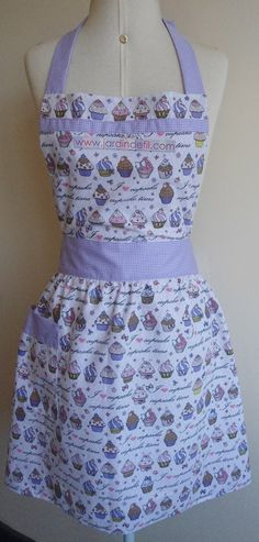 Cupcake Vintage, Aprons Vintage, Kitchen Supplies, Sewing Projects, Couture, Cotton, How To Wear, Bandanas, Clothes