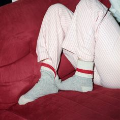 Best Fashion Advice of All Time – Best Fashion Advice of All Time Ropa Brandy Melville, Socks Outfit, The Wombats, Red Aesthetic, Looks Vintage, Looks Cool, Homestuck, Lesbian Love, Pyjamas