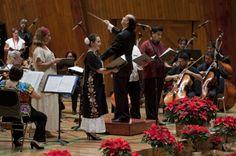 Concierto de Navidad de la Orquesta Típica de la Ciudad de México en la Sala Silvestre Revueltas del Centro Cultural Ollin Yoliztli bajo la dirección de Arturo Quezadas. Foto: Antonio Nava