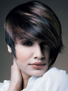 Amazing Short Haircuts 2011 - Dare to dazzle with a fashion-forward look! These amazing short haircuts 2011 will furnish you with the best source of inspiration to polish your tresses and make the fab cut. Go short if you're ready to style your locks in zillion modern ways.