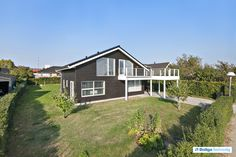 Energivej 84, 8420 Knebel - Dejlig villa til familien. Udsigt over vandet og tæt på skøn natur. #villa #knebel #selvsalg #boligsalg #boligdk