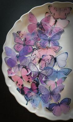 Butterfly Cakes, Paper Butterflies, Purple Butterfly, Butterfly Wall, Butterfly Birthday Party, Butterfly Wedding, Wedding Flowers, Edible Lavender, Butterfly Lighting