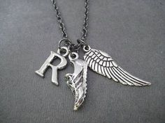 I Run. I Fly. Large Wing Running Necklace  Your от TheRunHome