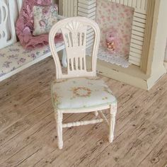 Dollhouse Miniature Cream Distressed Chair by sarahslilessentials