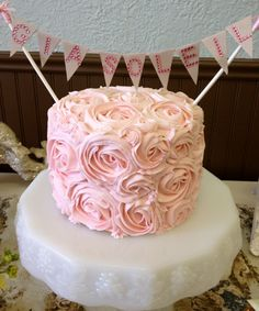 Vintage rosette cake