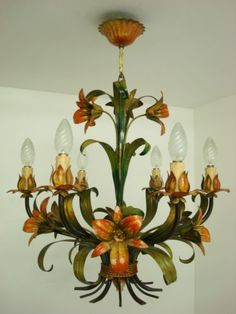 BEAUTIFUL VINTAGE FRENCH TOLE TOLEWARE LILIES CHANDELIER LIGHT LAMP 6 ARMS