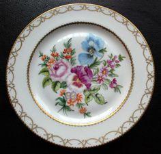"""Eskiyi Sevenler: Koleksiyonerim.com Şubat 2011 konsepti """"duvar tabakları"""""""