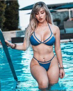Fitness big breasted woman enjoying the sun at a boat in sexy bikini bra and thong swimwear. Sexy Bikini, The Bikini, Bikini Babes, Bikini Girls, Mädchen In Bikinis, String Bikinis, Hot Girls, Sexy Women, Swimwear