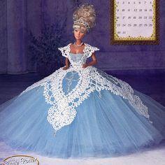 Annies Attic Royal Ballgowns Crochet Pattern, Miss March for Barbie Fashion Dolls, Like New via Etsy Crochet Doll Dress, Crochet Barbie Clothes, Barbie Patterns, Doll Clothes Patterns, Habit Barbie, Royal Ball Gowns, Barbie Stil, Barbie Miss, Barbie Gowns