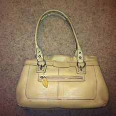 Authentic Coach Penelope Leather purse Authentic Coach Penelope leather purse- beautiful bag!! It has been used - so there are some spots on the inside- but lots of room- with several compartments and unique lining- minor spots on leather from use- overall, a beautiful authentic Coach bag at a great price!! Coach Bags Shoulder Bags