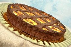 Chocolate tart pastry with italian ricotta and cream