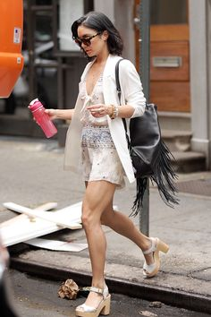 "trend-lady: ""daily–celebs: "" - Vanessa Hudgens leaving her apartment in NYC. Estilo Vanessa Hudgens, Vanessa Hudgens Style, Star Fashion, Boho Fashion, Womens Fashion, Cool Outfits, Summer Outfits, Casual Outfits, Celebrity Outfits"