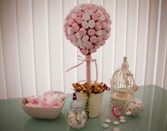 Tutoriel : arbre à bonbons - Candy Trees, Sweet Trees, Kid Table, Unicorn Party, Baby Birthday, Trendy Wedding, Party Time, Diy And Crafts, Baby Shower