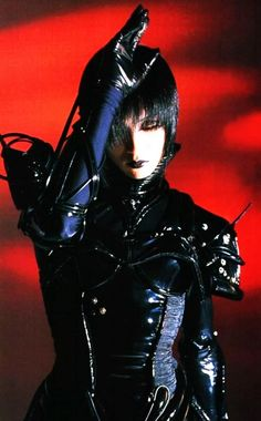 24 years old, struggling with Japanese, posting oldschool vk Character Inspiration, Character Design, Mode Punk, Kei Visual, Dir En Grey, Def Not, Goth Aesthetic, Cybergoth, Poses
