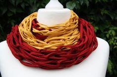 gestrickt - Loop Schlauchschal marsala rot safran gelb - ein Designerstück von trixies-zauberhafte-Welten bei DaWanda