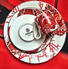 ROBERTO CAVALLI HOME Australia Rose Jewel Tableware #palazzocollezioni #robertocavalli #robertocavallihome