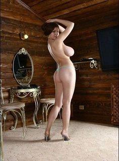 Mia Zarring  nackt