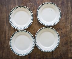 Vintage French Plates // 1930 Dinner Plates by FrenchAtticFinds £15