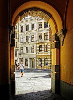 Passage by Grzegorz Adamski on 500px
