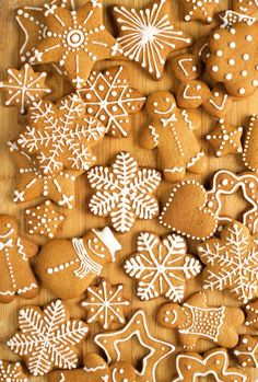 """Archives for the category: """"Cookies"""" Cook with sugar Christmas Sweets, Christmas Baking, Christmas Cookies, Christmas Decorations, Easy Holiday Cookies, Gingerbread Man Cookies, Xmas Crafts, Winter Holidays, Cookie Decorating"""