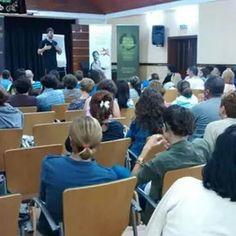 Ayer arrancaron nuestras conferencias gratuitas en Guimar ... hoy te esperamos en Santa Cruz en el Edificio Caja Siete (frente al Recinto Ferial) a las 19 horas  #caminaporelfuego #sisepuede #firewalking #motivacion  www.caminaporelfuego.com