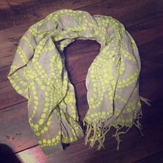 Grey and Lime Green Scarf NWOT. Old Navy. Long. One Size Old Navy Accessories Scarves & Wraps