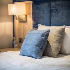 Grosvenor - A spacious double room in The Hall
