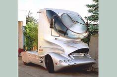 Dark Roasted Blend: Concept Trucks by Luigi Colani Future Trucks, New Trucks, Cool Trucks, Cool Cars, Colani Truck, Colani Design, Mercedes Truck, Weird Cars, Strange Cars