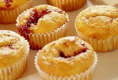 Receita de Muffins de morango. Enviada por Tudo Gostoso e demora apenas 40 minutos.