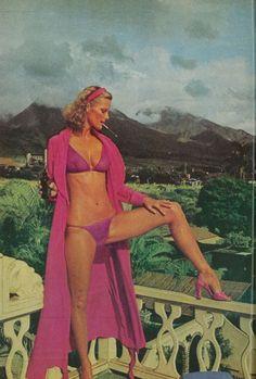 Hawaii -Cheryl Tiegs by Helmut Newton, 1975
