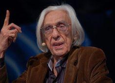 10 frases de Ferreira Gullar sobre o capitalismo, o socialismo e o governo