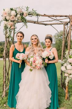 Louis-based florist for weddings, corporate, special and nonprofit events on Sisters Floral Design Studio… Bridesmaid Bouquet, Wedding Bouquets, Bridesmaids, Wedding Flowers, Bridesmaid Dresses, Wedding Dresses, Wedding Designs, Blush Pink, Floral Design