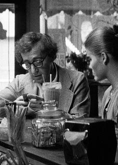 Manhattan by Woody Allen, 1979 (Woody Allen, Mariel Hemingway, Diane Keaton, Michael Murphy, Meryl Streep)