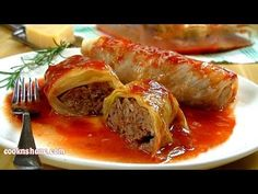 This Cabbage Rolls Recipe is the best ever. Made with simple ingredients and a hearty and flavorful tomato sauce, watch the video now. Best Cabbage Rolls Recipe, Cabbage Rolls Polish, Easy Cabbage Rolls, Cabbage Recipes, Easy Rolls, Top Recipes, Beef Recipes, Cooking Recipes, Healthy Recipes