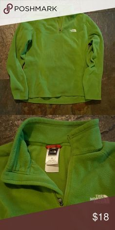 Gently used North Face fleece pullover Nice green color. Very warm. Perfect for layering North Face Tops Sweatshirts & Hoodies
