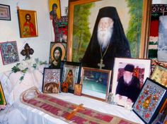 """How I was healed of temptation. From the book """"Miraculous Occurences and Counsels of Elder Porphyrios"""" Christian Church, Christian Faith, Orthodox Christianity, Holi, Jesus Christ, The Book, Healing, Saints, Painting"""