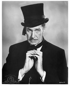 Vincent Price as undertaker Waldo Trumbull  He's so cute & innocent looking.