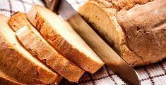 Uma Excelente variação para quem gosta da goma de tapioca é fazer um deliciosa receita de pão de tap Tapioca Fit, No Carb Diets, Banana Bread, Paleo, Health Fitness, Gluten Free, Cookies, Chocolate, Desserts