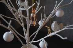 Christmas Decor Ideas by ELLE DECOR