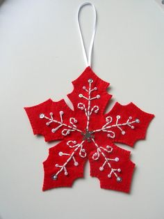 Embroidered felt Christmas tree ornament by Lilamina on Etsy, $14.90