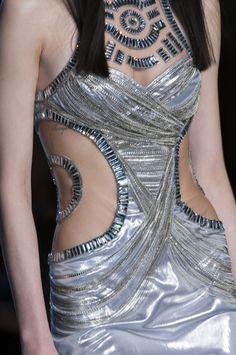 Défile Atelier Versace Haute couture Printemps-été 2014 - Détail 128